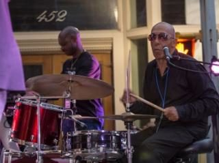 A fun GrooveFEST: Blues, Brews & BBQ!